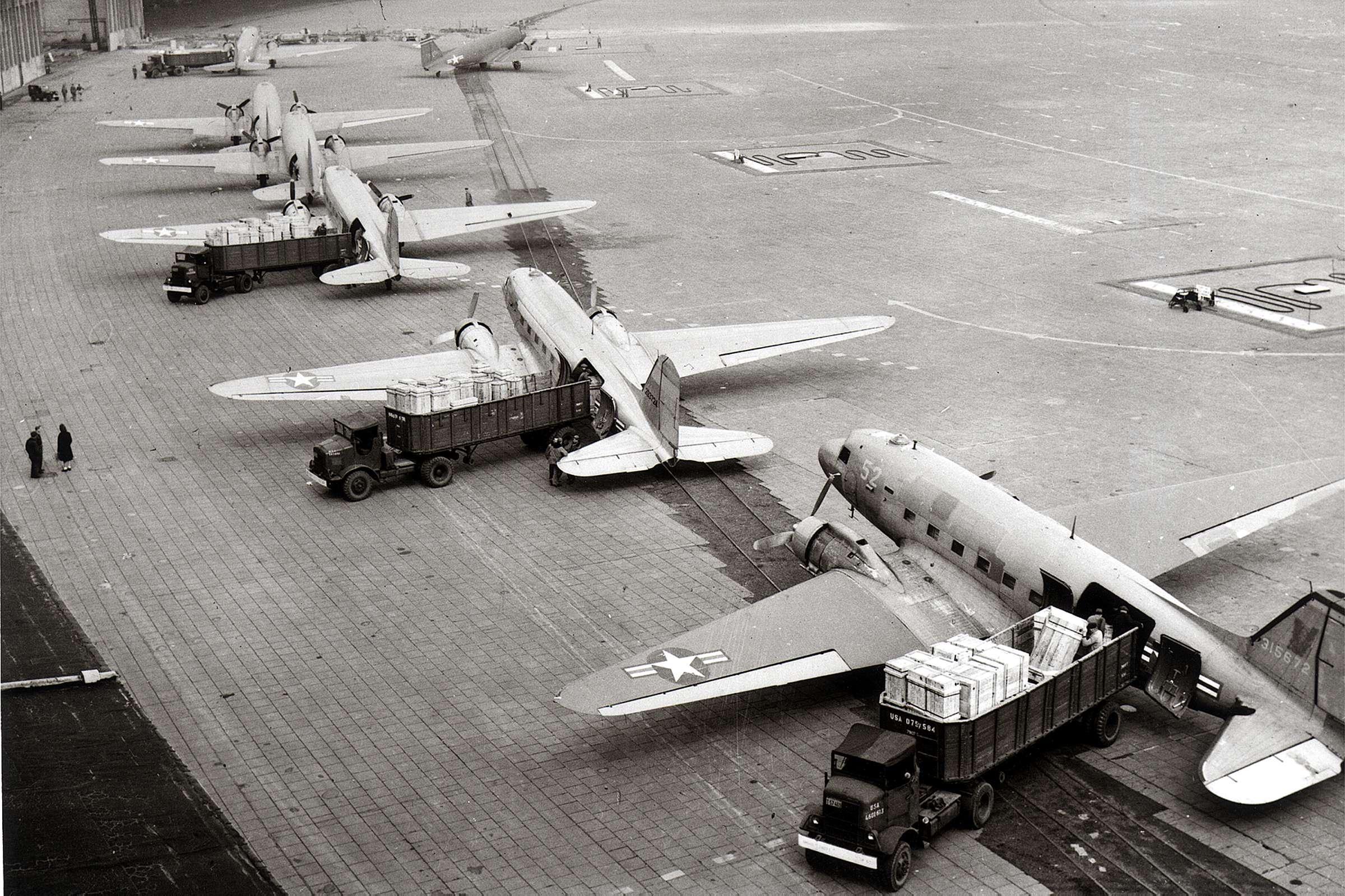 TEMPELHOF - Tempelhof